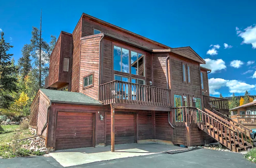 11 luxury colorado cabins you can rent for cheap on airbnb Luxury Cabins In Colorado