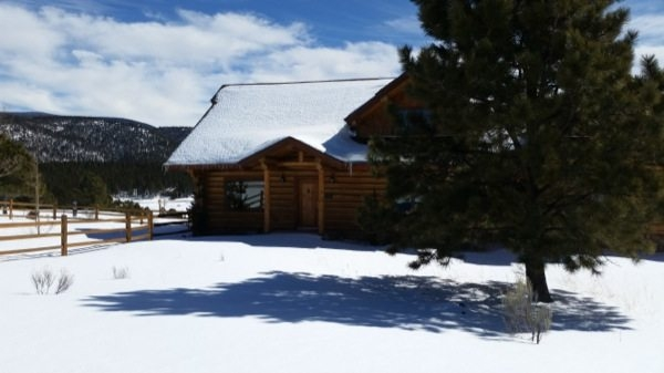 angel fire seller cabin featured in hgtv show sangre de Angel Fire Cabins