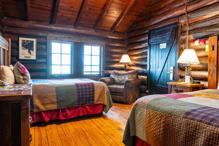 cabin accommodations starved rock lodge Starved Rock Lodge Cabins
