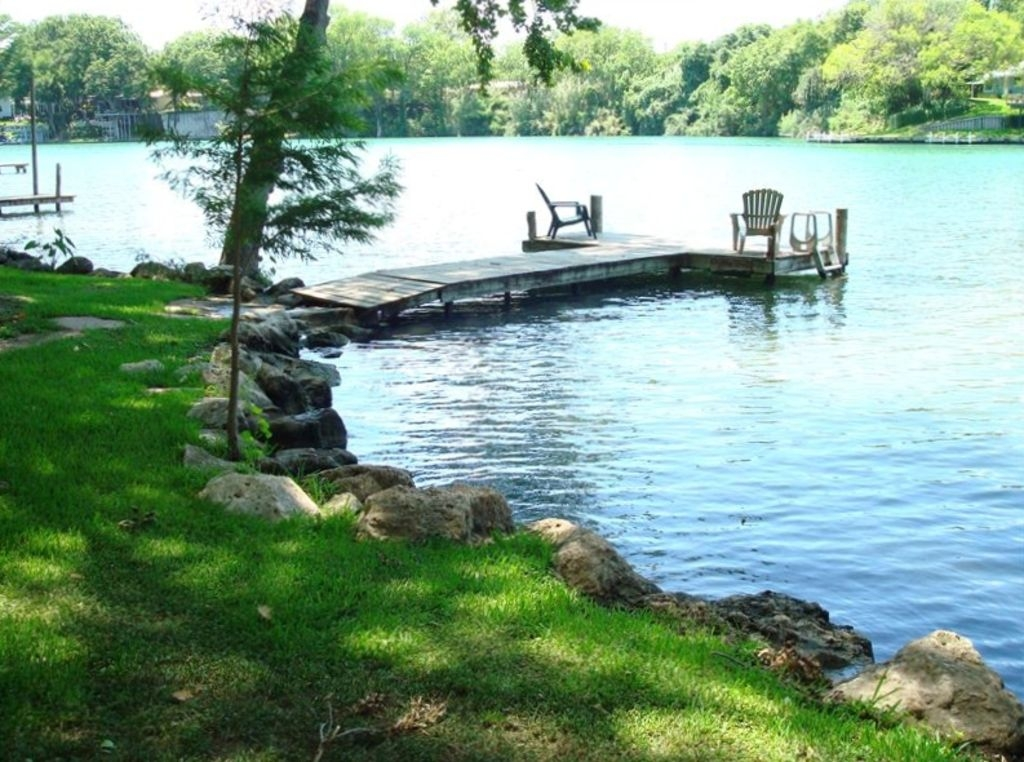 cabin on the lake in beautiful new braunfels texas bnb daily New Braunfels River Cabins