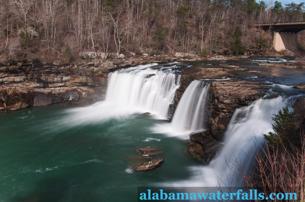 cabin rentals in alabama with incredible waterfalls near Little River Canyon Cabins