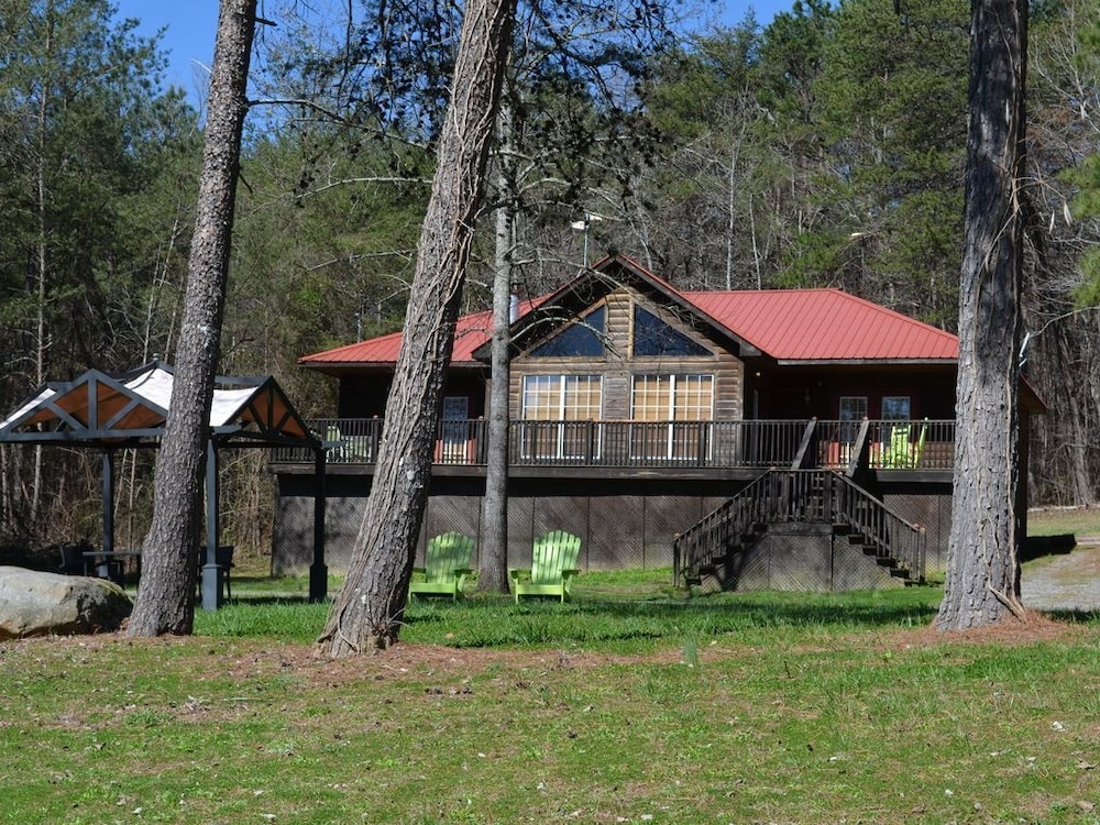 cozy cabin at little river canyon in scottsboro hotel Little River Canyon Cabins