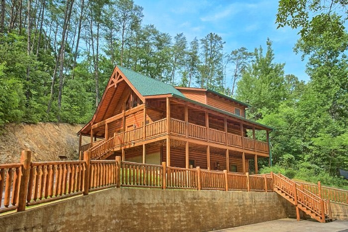 dew drop inn video walk through 3 Bedroom Cabins In Gatlinburg