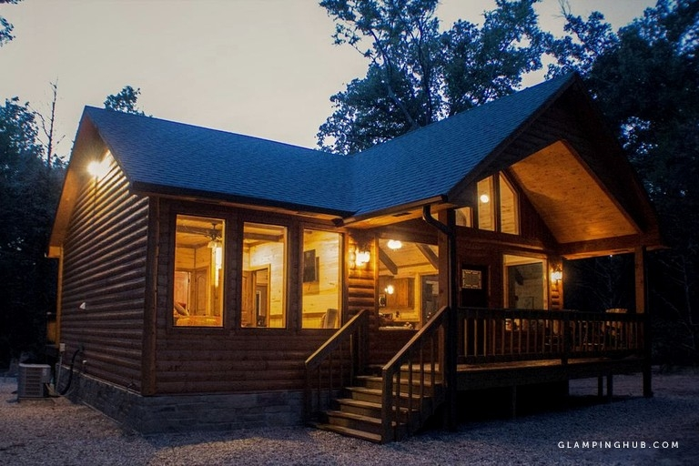 enchanting cabin rental with hot tub near dallas texas Cabins With Hot Tubs In Texas