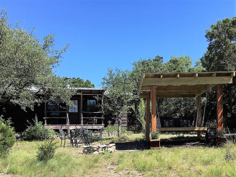 little cabin in the woods with private hot tub updated 2019 Cabins With Hot Tubs In Texas