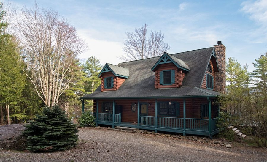 luxurious lakeside log cabin in the catskills upstate Log Cabin Upstate Ny