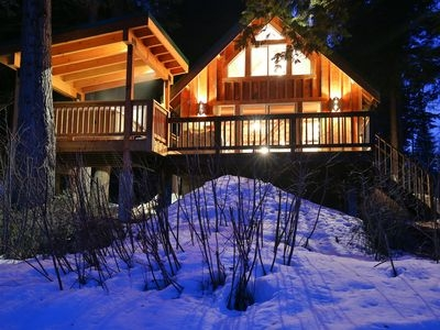 osprey nest cabin cozy private cabin on the wenatchee river with hot tub leavenworth Leavenworth Cabins