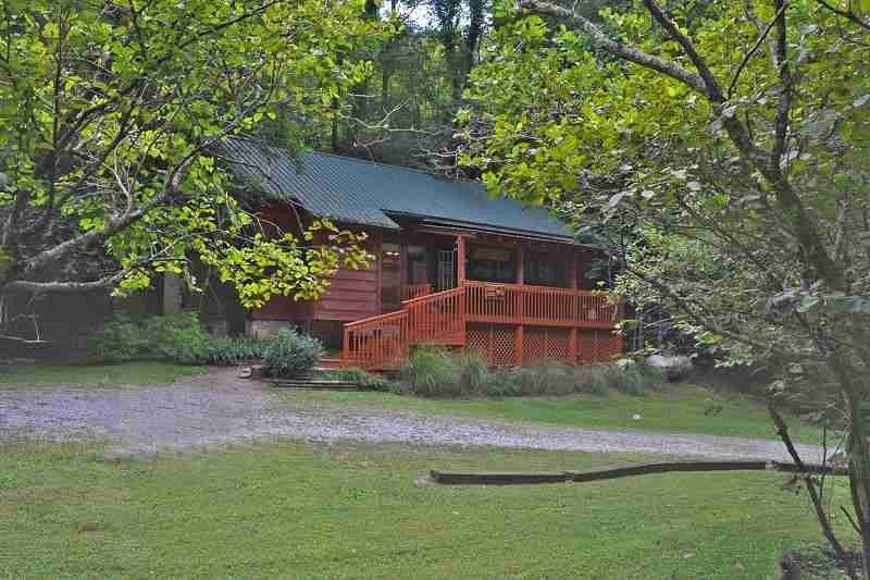 paradise secluded cabins Pet Friendly Cabins In Wears Valley Tn