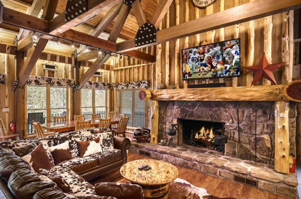 top 5 benefits of staying in our large group cabins in Stony Brook Cabins Gatlinburg Tn