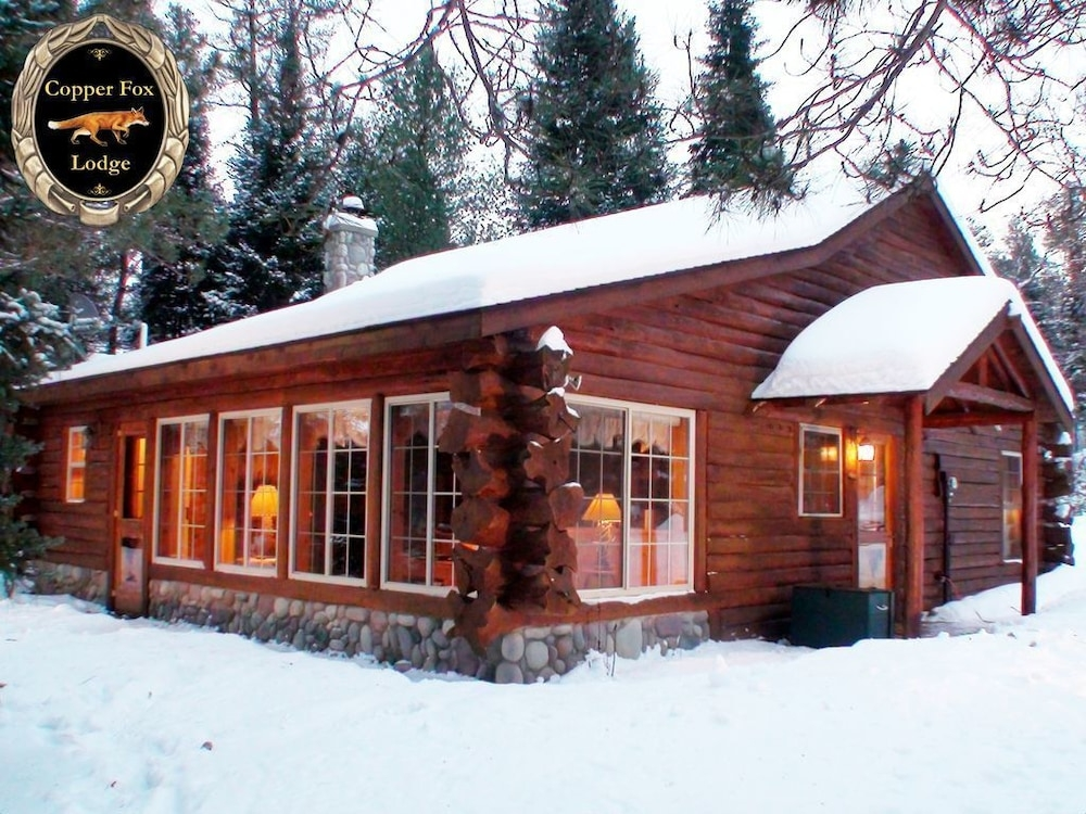 copper fox lodge magical romantic getaway in luzerne Romantic Getaways In Michigan Cabin