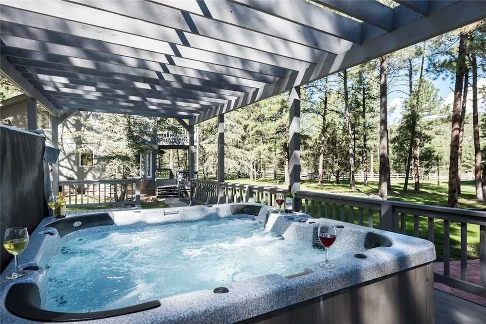 eagle creek retreat seven bedroom cabin with hot tub in Cabins In Ruidoso Nm With Hot Tubs