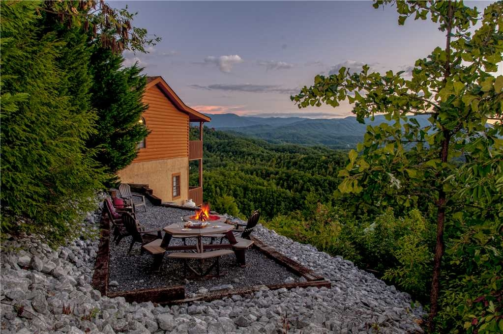 gatlinburg cabin rentals pigeon forge cabin rentals Amazing Views Cabins