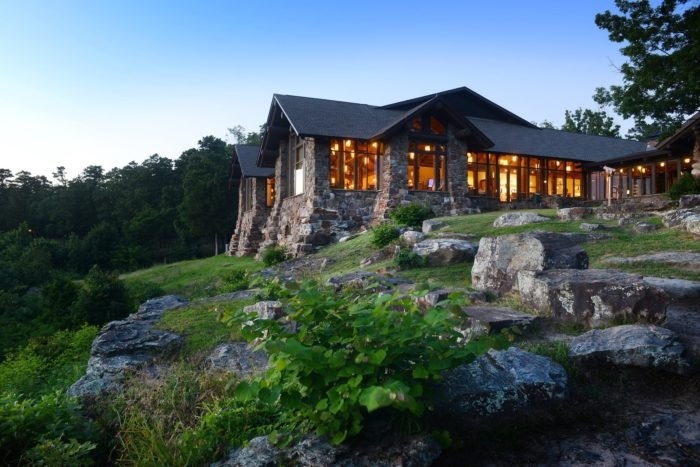 mather lodge is a breathtaking hotel tucked away inside of Arkansas State Parks With Cabins