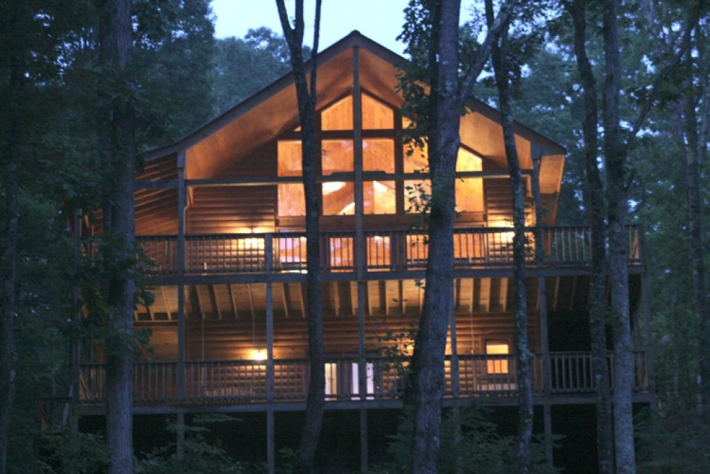 our mountain getaway cabin in sevierville w 3 br sleeps12 Mountain Getaway Cabins