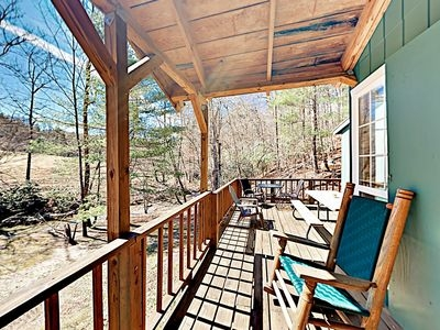 relaxing mountain getaway 3 cozy cabins next to a babbling stream hendersonville Mountain Getaway Cabins