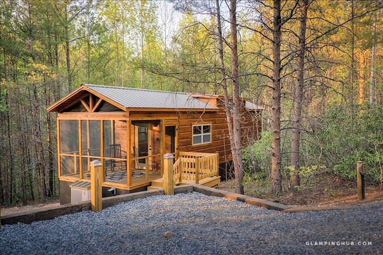rural mountain cabin rental with a private hot tub near lake lure north carolina Cabins In Lake Lure Nc