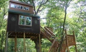 stay in a tree house in the shawnee national forest Shawnee National Forest Cabins