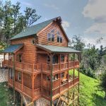 3 reasons to stay in our 5 bedroom cabins in gatlinburg with Gatlinburg Cabins