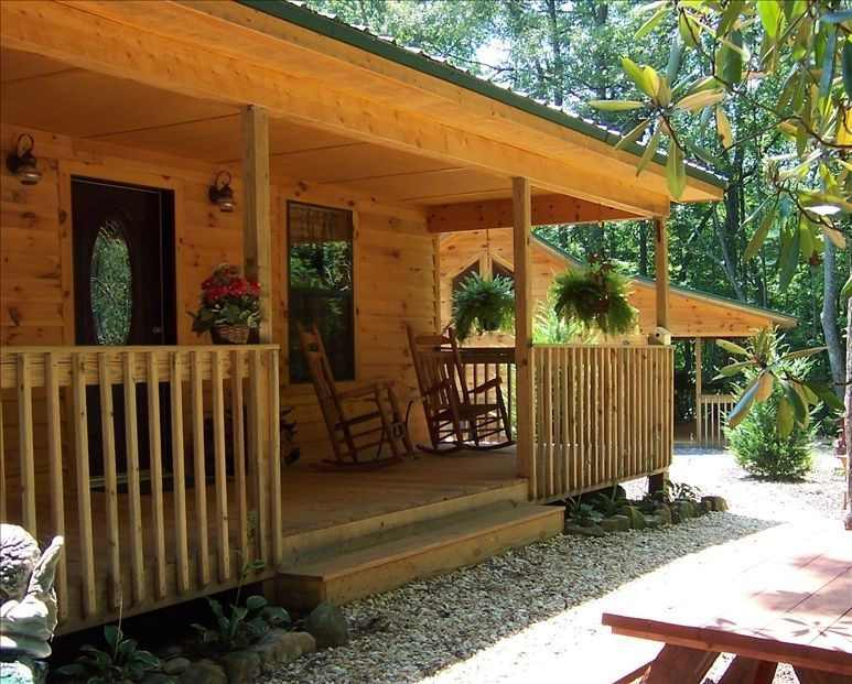 cozy cabin in the north georgia mountains ask about free level 2 ev charging young harris Cabins In North Georgia Mountains