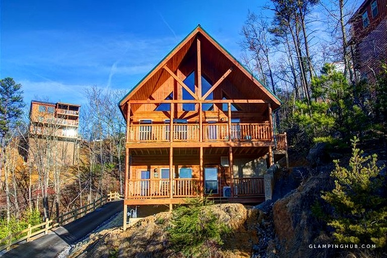 luxury cabin with indoor pool near dollywood in pigeon forge tennessee Luxury Cabins In Tennessee
