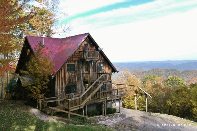 secluded cabin rental with hot tub on cranberry mountain in west virginia Cabin West Virginia