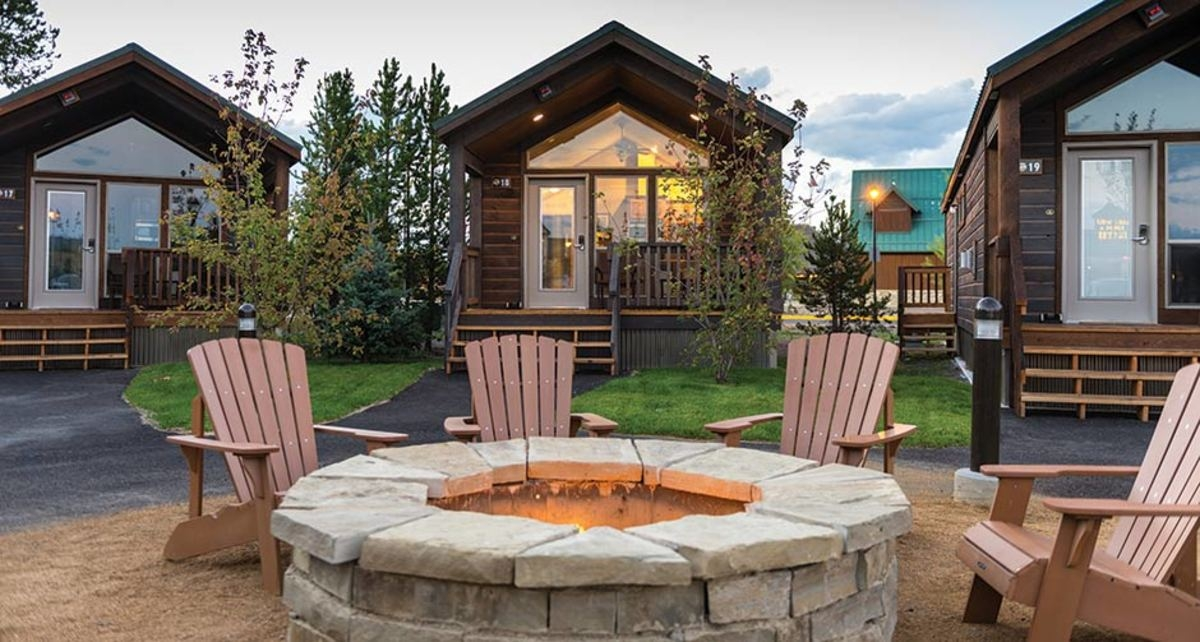 stay at the explorer cabins in west yellowstone my Yellow Stone Cabins