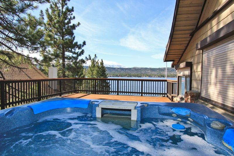 4 reasons to stay in a lakefront cabin rental in big bear Big Bear Lakefront Cabins