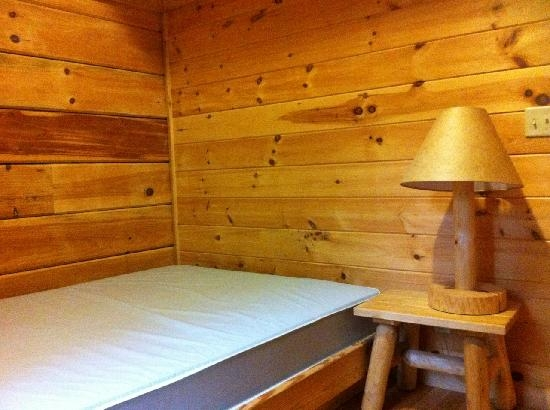 cabin bedroom picture of mark twain state park florida Mark Twain State Park Cabins