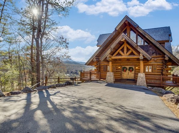 gatlinburg tn luxury homes for sale 225 homes zillow Smoky Mountain Log Cabins For Sale