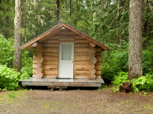 building your own tiny log cabin in the woods Small Log Cabin