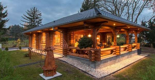 coolest log cabin ever take a peek inside Small Uniquelog Cabins