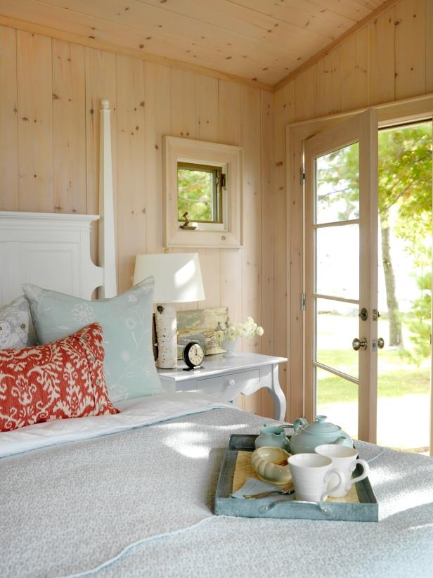 cottage decorating ideas hgtv Cabin Decorating Ideas