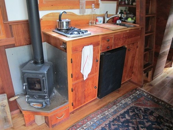 love this wood burning stove so cute www Small Wood Stoves For Cabins