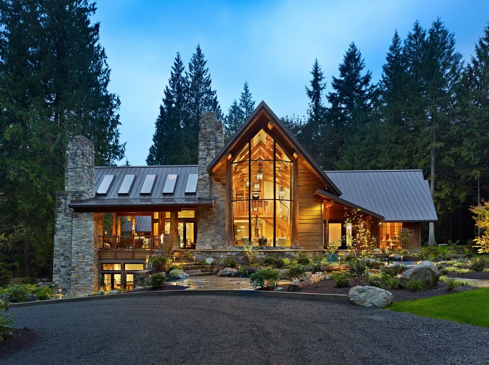 mountain home with award winning home cabin style Mountain House/Cabins