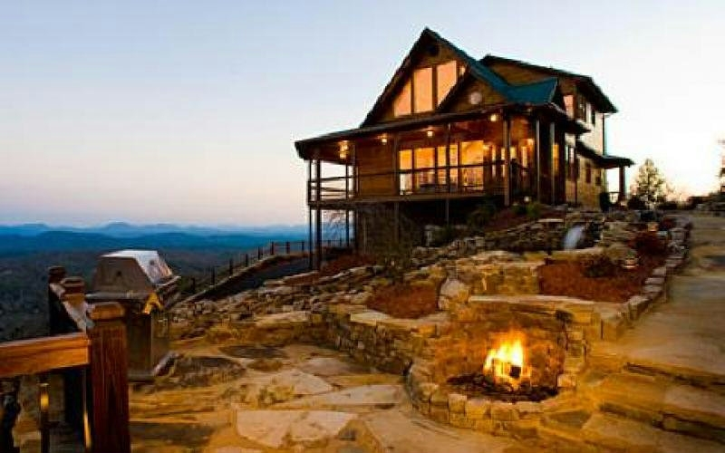 north georgia mountain lakefront log cabinshomes for sale Mountain House/Cabins