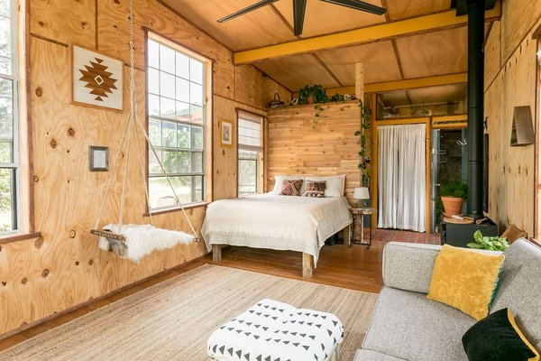 off grid cabin in the texas hill country modern home in Offgrid Cabin