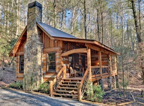 the small log cabin simply serene small log homes Small Cabin