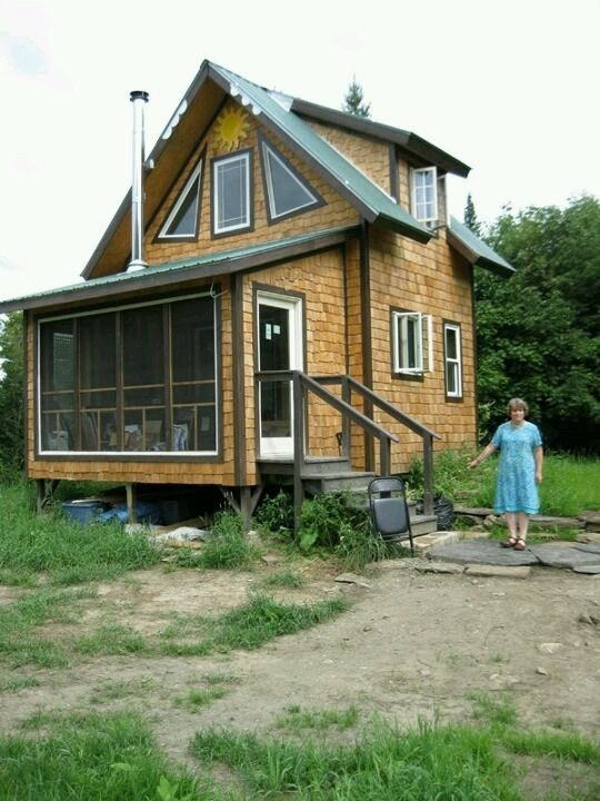 500 sq ft tiny cabin simple living in your own homestead Small Cabin Homestead