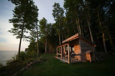 11 waterfront michigan cabins to book now for the best Lake Jackson Cabin Rentals