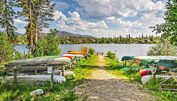 15 affordable summer lake house vacations across america Lake Cabin Vacations