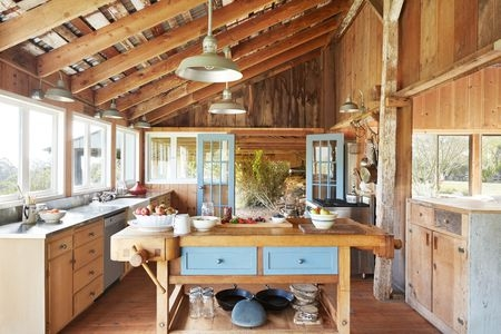 a decorators guide to cottage style decor Cabin And Cottage Decor