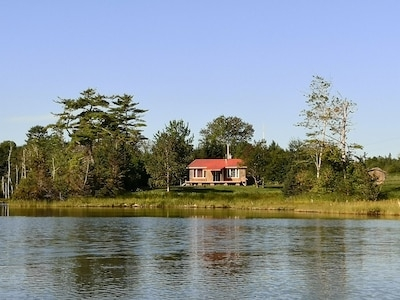 bras dor lake seclusion cottage on the coves orangedale Bras D'Or Lake Cabins