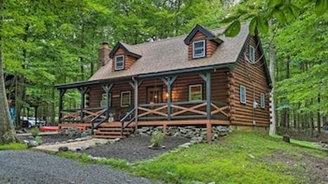 cabin rentals pocono lake for 2021 find cheap 60 cabins Lake Cabin Poconos