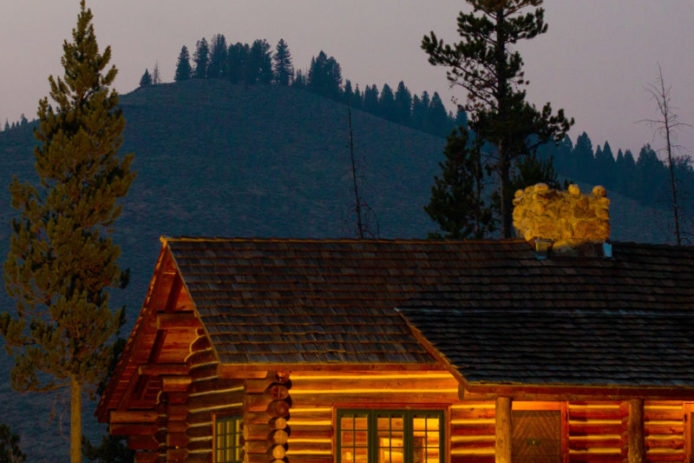 cozy cabins 40 cabin rentals for an outdoor getaway Mountain Cottage & Cabin Names