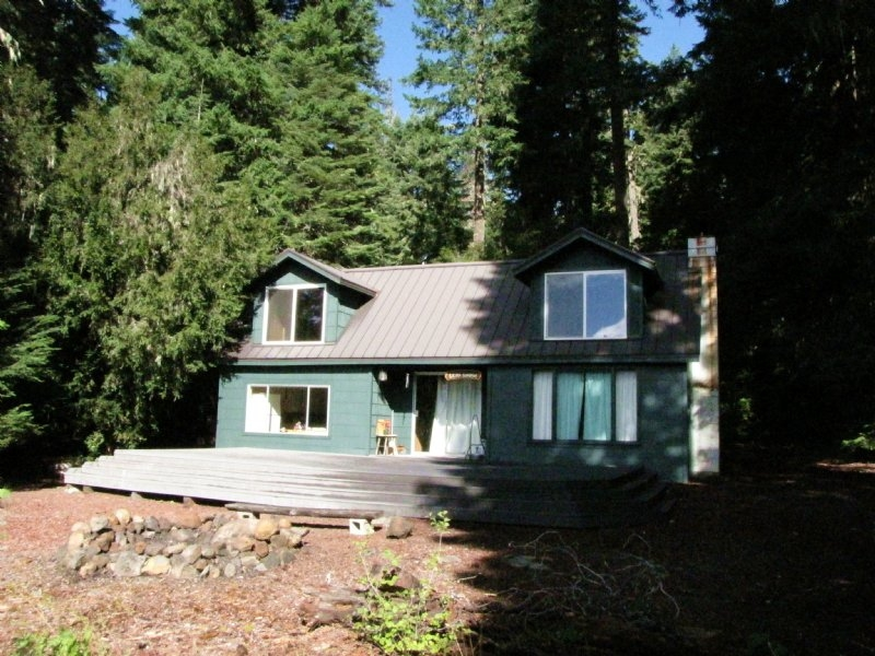fish lake waterfront cabin land for sale in eagle point Lake Cabin Oregon For Sale