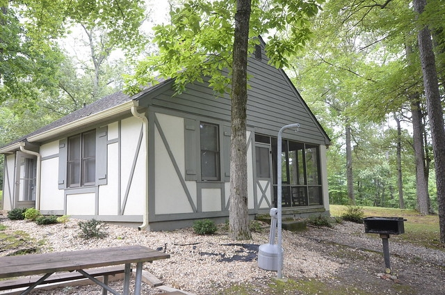 frequently asked questions virginia state parks cabins Lake Anna State Park Cabin 8