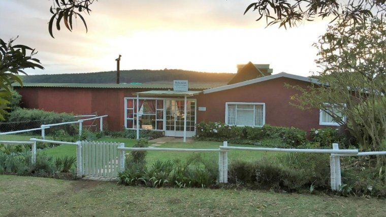 hotel bohemian garden cottages kaapsehoop south africa Cabin And Cottage Kaapsehoop