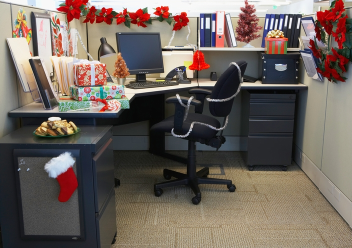 how not to decorate your desk journey Office In Cabin Decorating