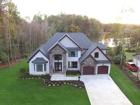 lake house spartanburg real estate 2 homes for sale zillow Lake House Zillow