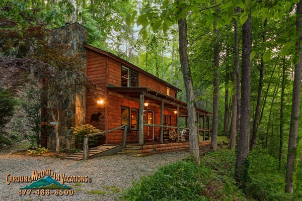 lake view 2 bedroom log cabin rental bryson city nc info Lake Cabin Rentals Nc